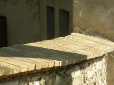 Oprava ohradní zdi kostela sv. Jiří - březen až květen 2013