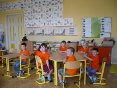 Děti zMŠ navštívily své budoucí kamarády apaní učitelku vmístní základní škole