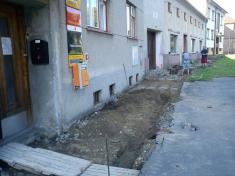 Oprava chodníků - červenec 2011