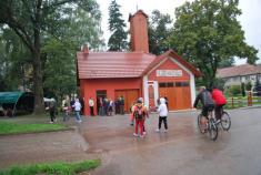 Na bicyklech Němčickem - zastřešené posezení aživá hudba uhasičky - 4.9. 2010