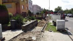 Oprava chodníků na Vyšehradě - srpen 2016
